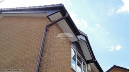 UPVC white tongue and groove soffit round guttering